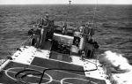 LST-1176_rolling_seas_1970-71_01.jpg